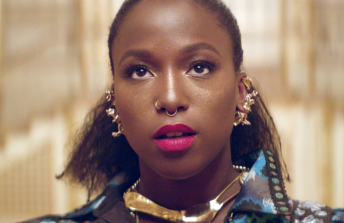 Sabina Ddumba / Time